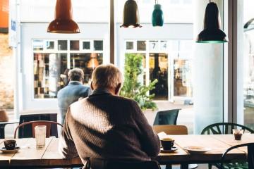 caf---coffee-man-3760